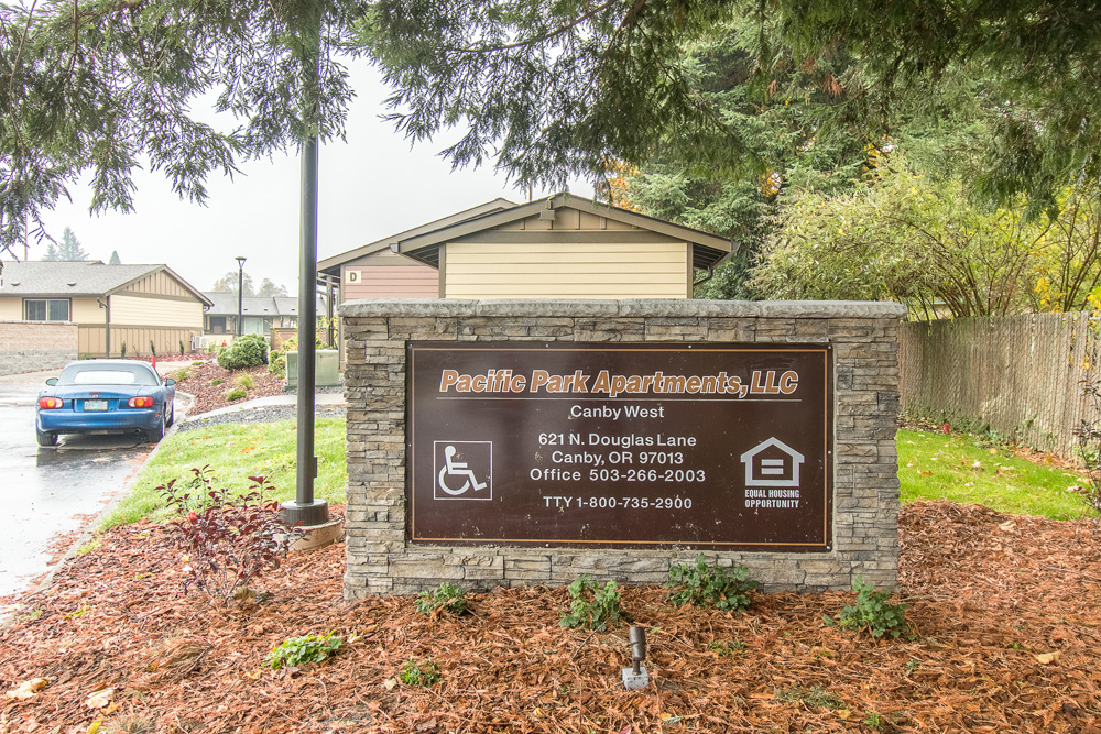 Pacific Park Canby Apartments